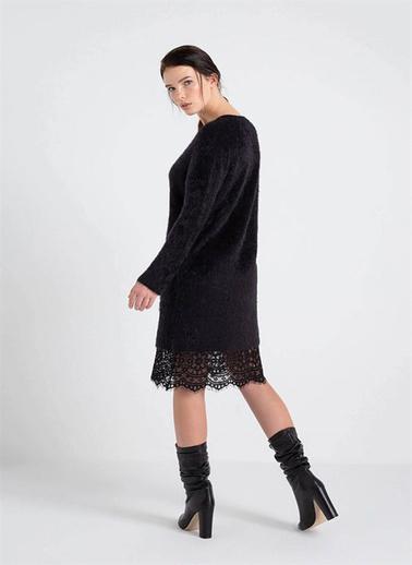 Rue Tüylü İp Etek Ucu Dantelli Triko Elbise Siyah